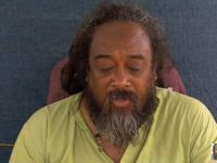 Mooji Answers: Why Is It So Hard to Stay as Awareness?