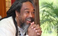 Mooji Audio: You Cannot Find What is Perfect, You Can Only Drop What is Imperfect