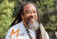 Mooji Video: Looking at the World Through the Eyes of God